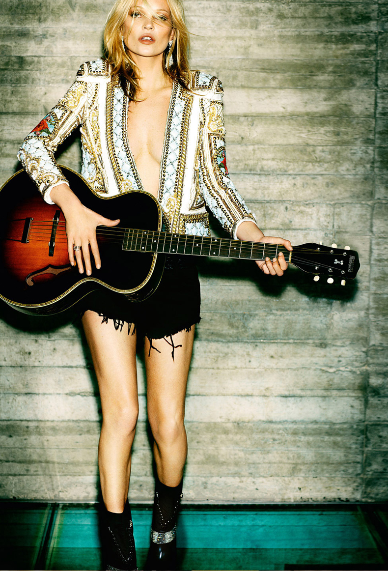 Kate-Moss-Vogue-Paris TESTINOOK