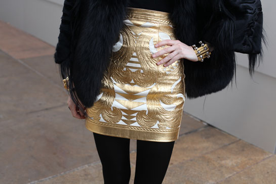 la modella mafia New York Street Style Fall 2012 via Vogue.fr 2BALMAIN SKIRT