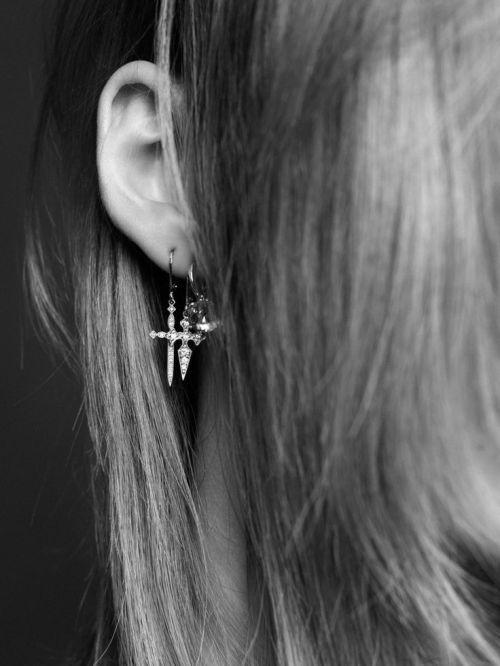 details_earrings